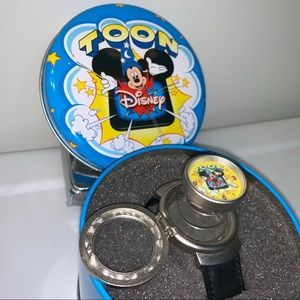 VTG Disney Collector Mickey Mouse Toon PopUp Watch